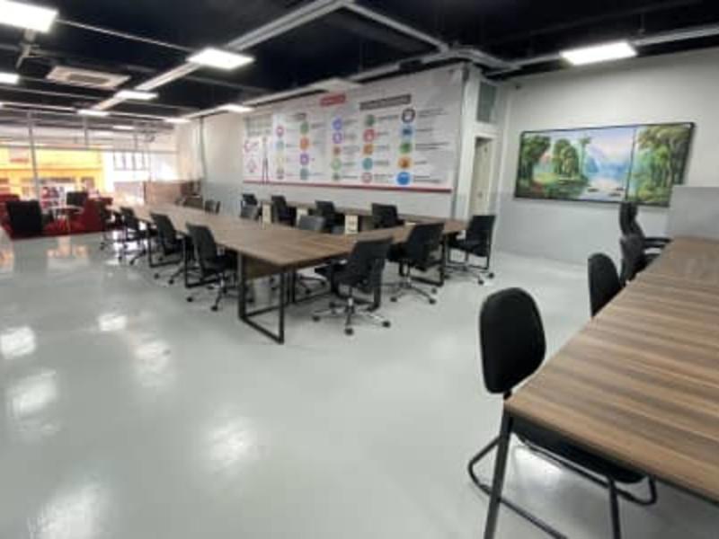 Miranda Feliciano Coworking, Hospedagem e Serviços Eireli - Embu das Artes/SP