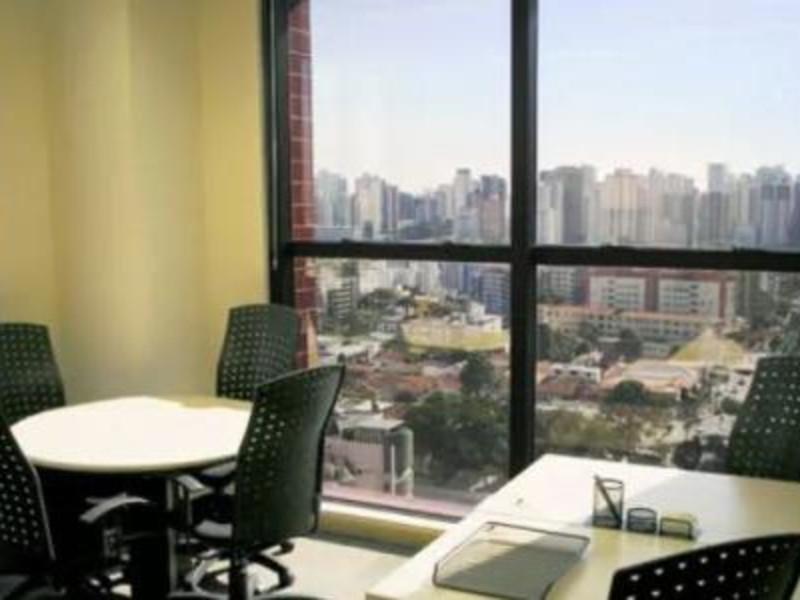 Regus Centro Empresarial Jatobá - Curitiba/PR